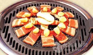 品牧烤肉火锅自助餐厅加盟代理费要多少钱