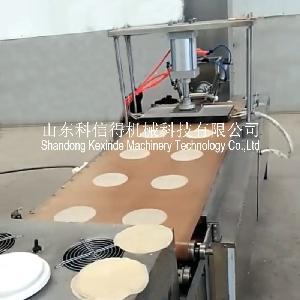 全自动烤鸭饼机双头出料效率高  山东科信得卷饼机