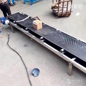裙边带铝型材输送机滚筒式 水平式传送机
