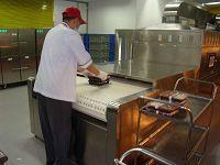 盒飯加熱用微波加熱設備2分鐘左右即可達到溫度要求