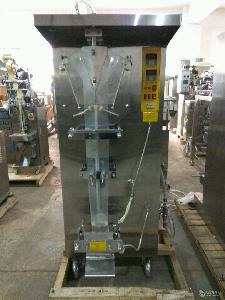 外带酱油小包复合膜液体包装机、立式液体包装机、中封单模包装机