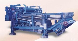 尾矿泥水分离机带式全自动污泥脱水的方法
