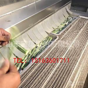 加工制造--黄秋葵速冻机--秋葵真空油炸前处理设备——山东宝星