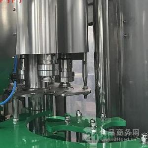 PET瓶装果汁饮料3合1灌装机
