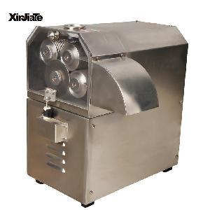 新款四轴电动甘蔗榨汁机 广州欣加特机械设备有限公司