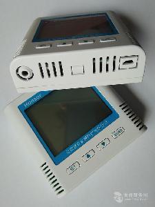 实验室常用的温湿度环境监控传感器—485信号壁挂安装