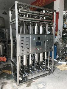 GMP认证列管多效蒸馏水机